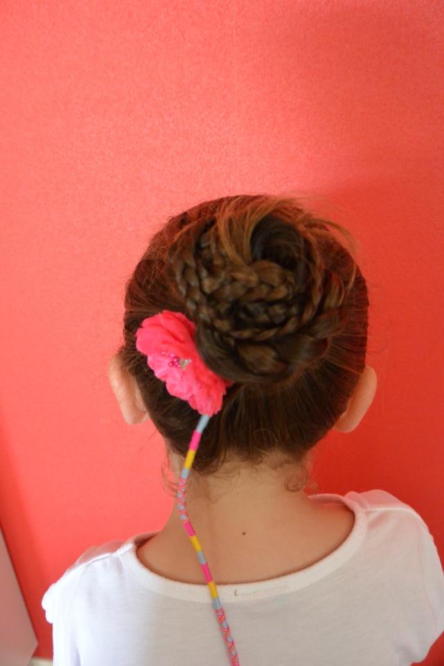 Les coiffures de fille - Page 2 Coiffu10