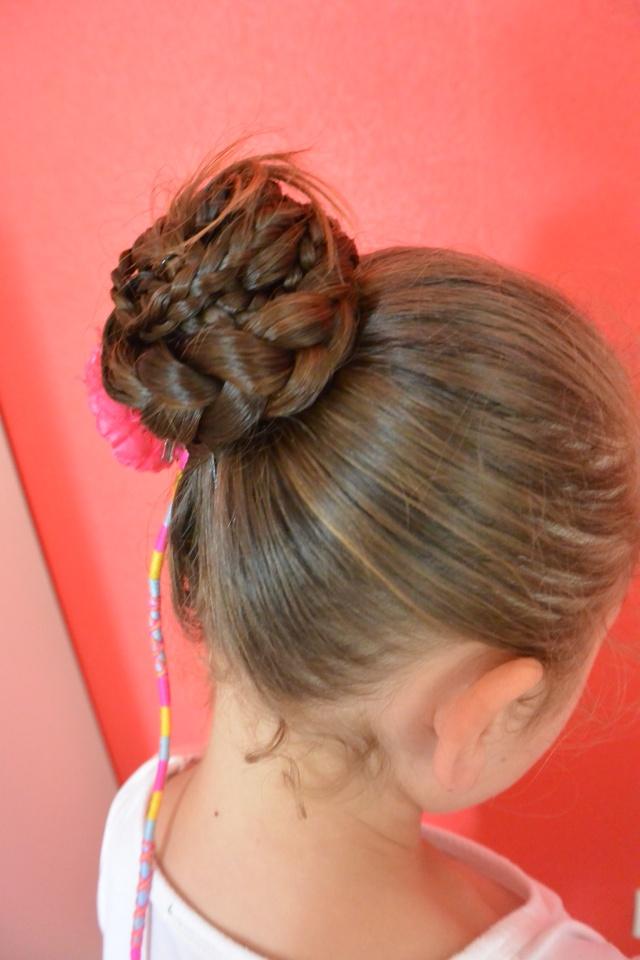 Les coiffures de fille - Page 2 Coiffu11