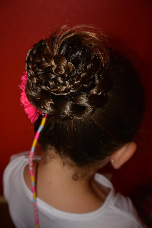 Les coiffures de fille - Page 2 Coiffu13