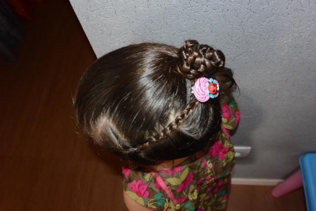 Les coiffures de fille - Page 2 Coiffu14