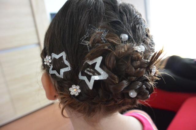 Les coiffures de fille - Page 2 Coiffu21