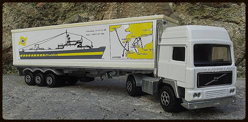 N°3055 Volvo Porte Container. 15182210