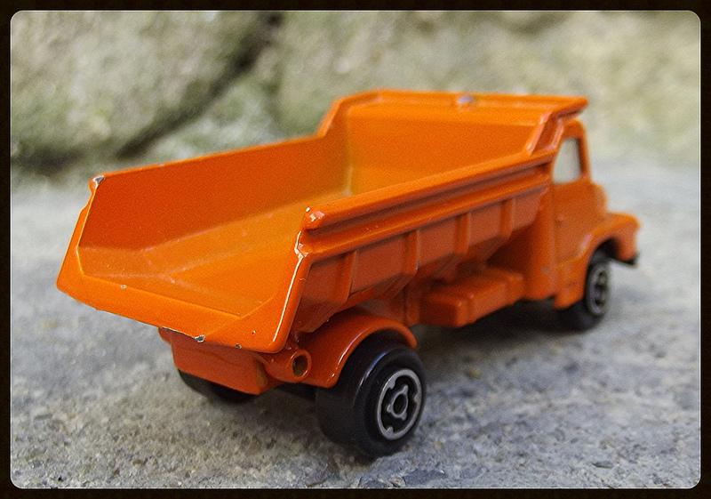 N°205 Scania Benne carrière 15182410