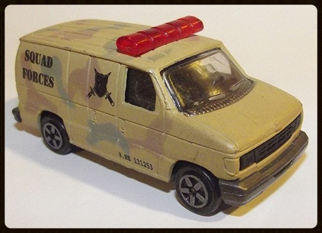 N°220-14 FORD ECONOLINE IV MILITARY POLICE 15201710
