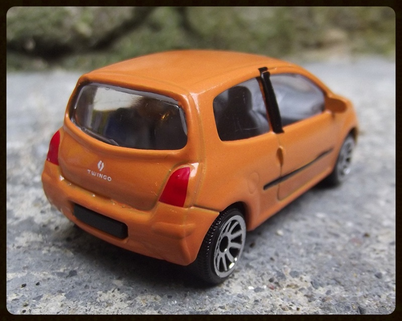 N°206B Renault Twingo II 15221811