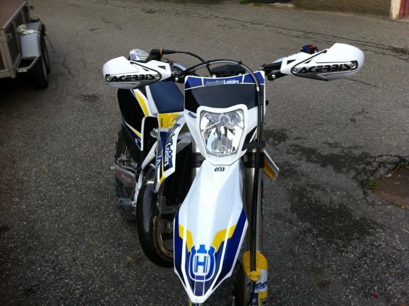 Présentez nous vos motos ! - Page 4 Img_1620