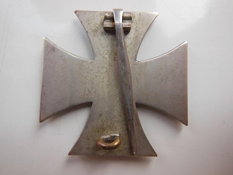 Croix de Fer non magnetique,fabrication en trois parties Dscn8730