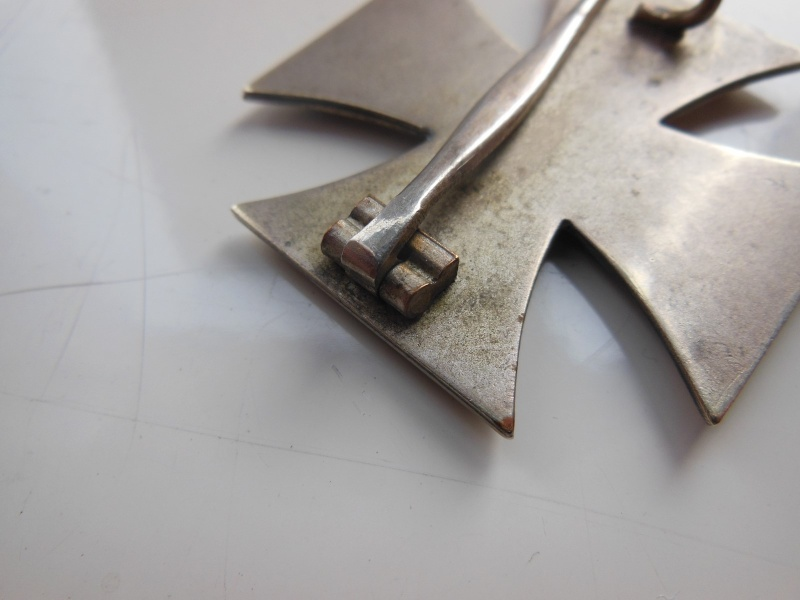 Croix de Fer non magnetique,fabrication en trois parties Dscn8732