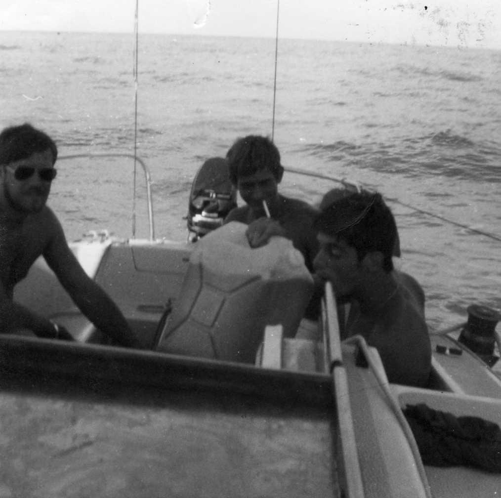 Recherche anciens marins ayant connu Michel HOËL (Tahiti de 1974 à 1975) Michel12