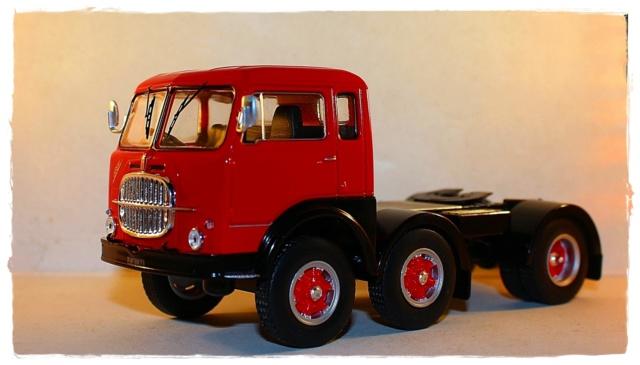 IXO FIAT 690 T1 Img_0312