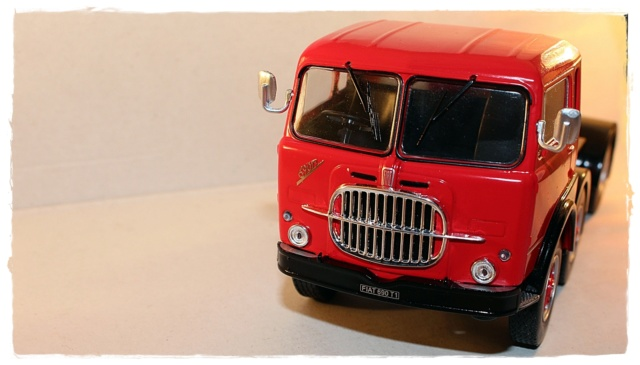 IXO FIAT 690 T1 Img_0315