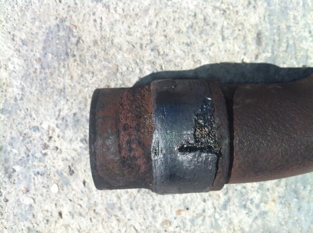 Démontage coude d'échappement cylindre arrière Img_2212