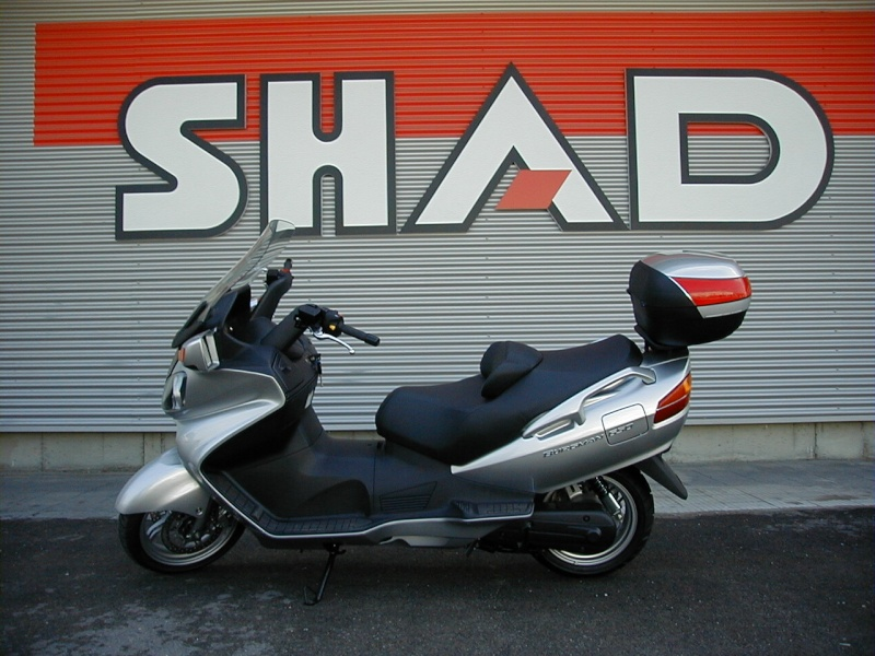 Pictures Suzuki Burgman with SHAD Motorcases 09060010