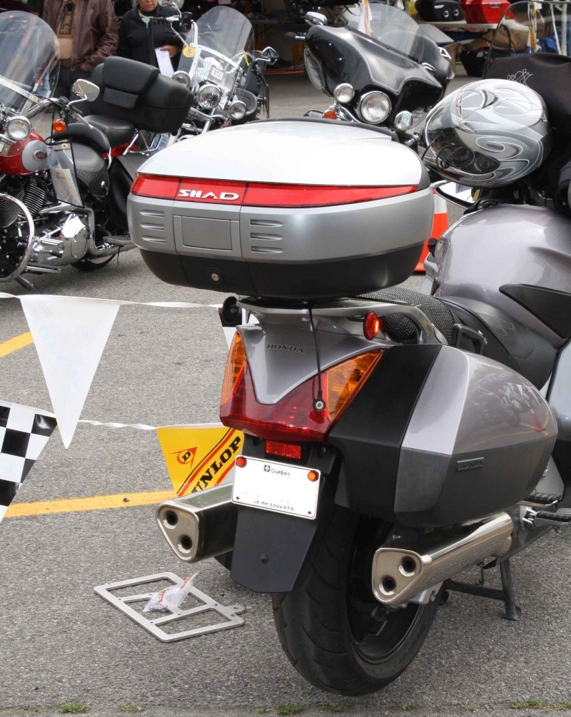 Pictures Honda ST1300 with Shad Motorcases Pic211