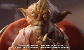L'objet insolite - Page 2 Yoda10