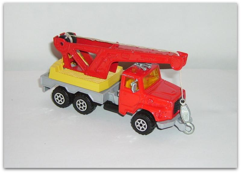 N°4508 Ford L Grue Imgp0410