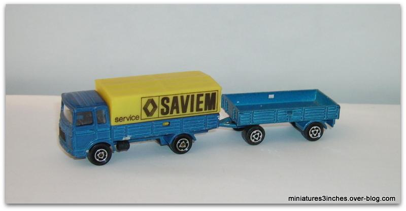N°366 SAVIEM BACHE+REMORQUE Imgp8210