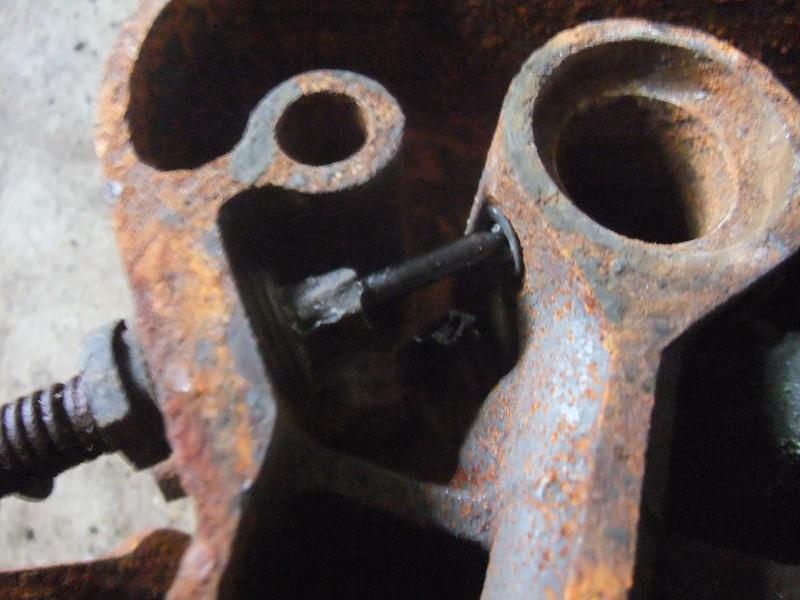 moteur ihc et millot C1 - Page 2 Dscf0831