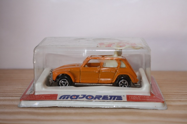 N°237 Citroën Dyane Maharadjah Nc237_10