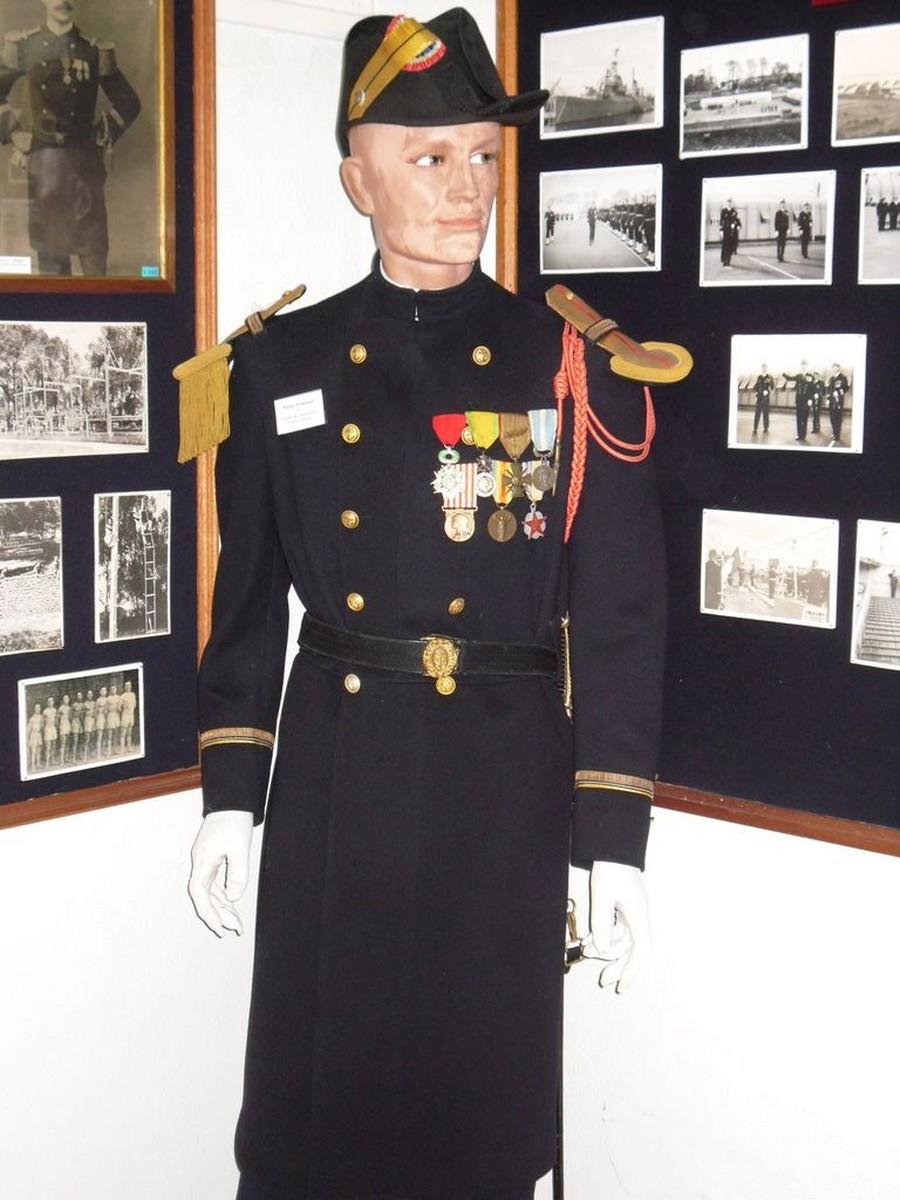 [Les traditions dans la Marine] Tenue dans la Marine- Tome 02 - Page 5 0136