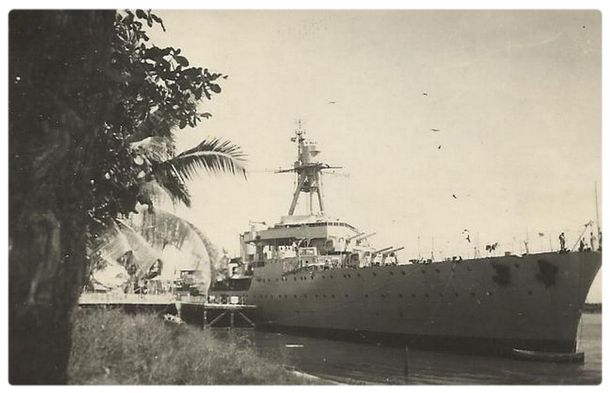 LCM 24 en 1951.  0285