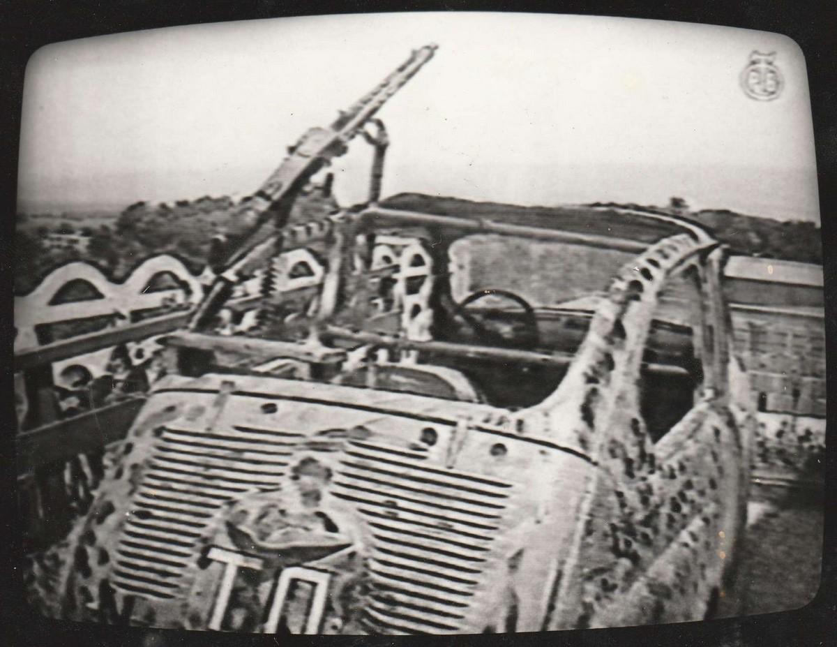 [Opérations de guerre] Ex Yougoslavie - Page 2 1106