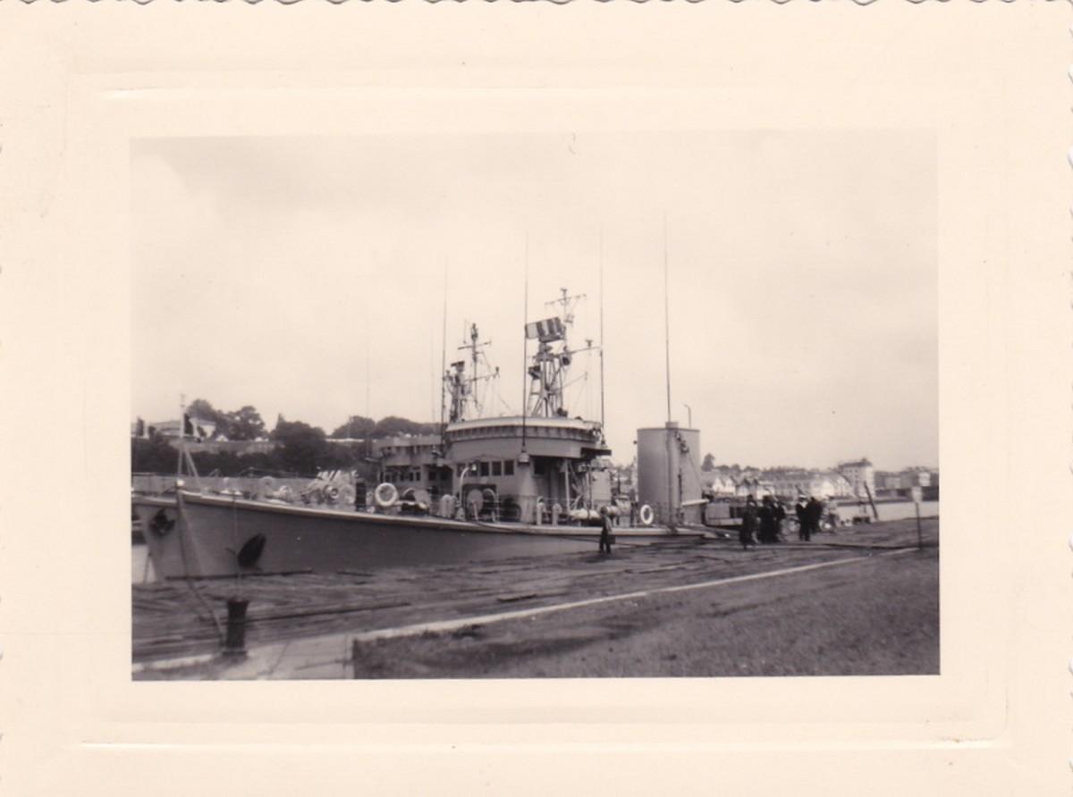 [Opérations de guerre] Compagnie de débarquement de l'Aviso La Boudeuse 1182