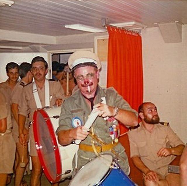 [ Les traditions dans la Marine ] LE PASSAGE DE LA LIGNE - ÉQUATEUR (Sujet unique) 2138
