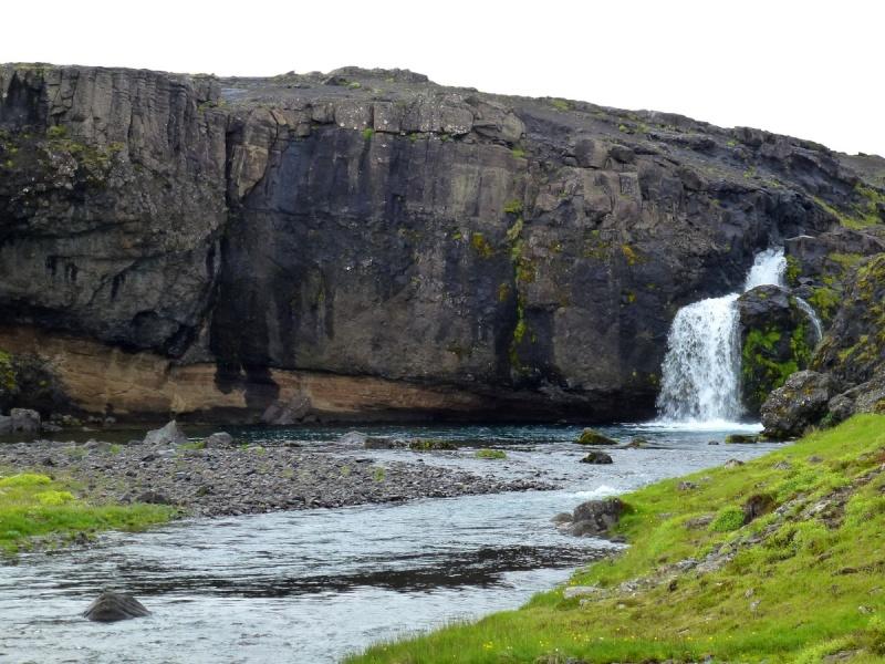 Islande, un jour, une photo - Page 8 P1080716