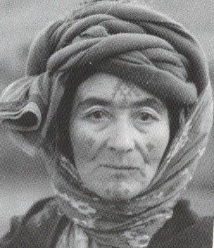Tentative de retrouver un tableau d'après un dessin de femme au turban Le_tat10