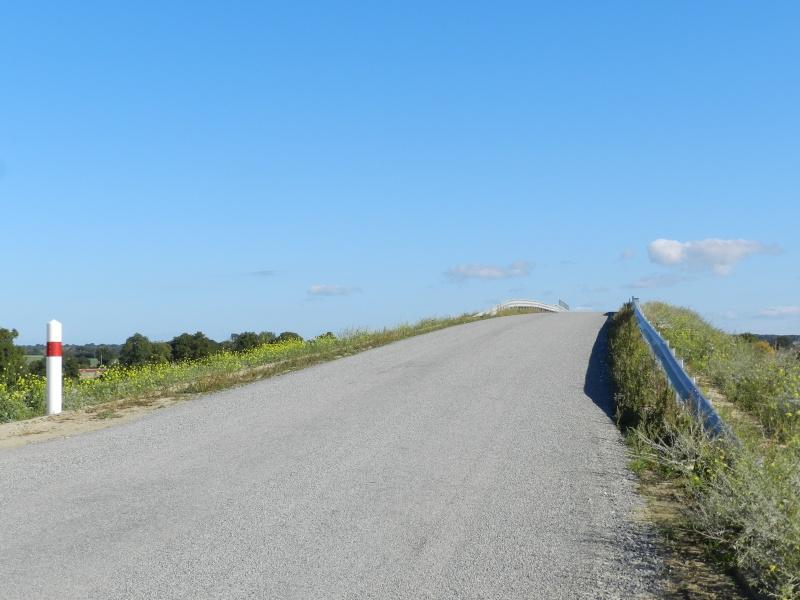 Petits viaducs de la LGV en Mayenne Vauvy136