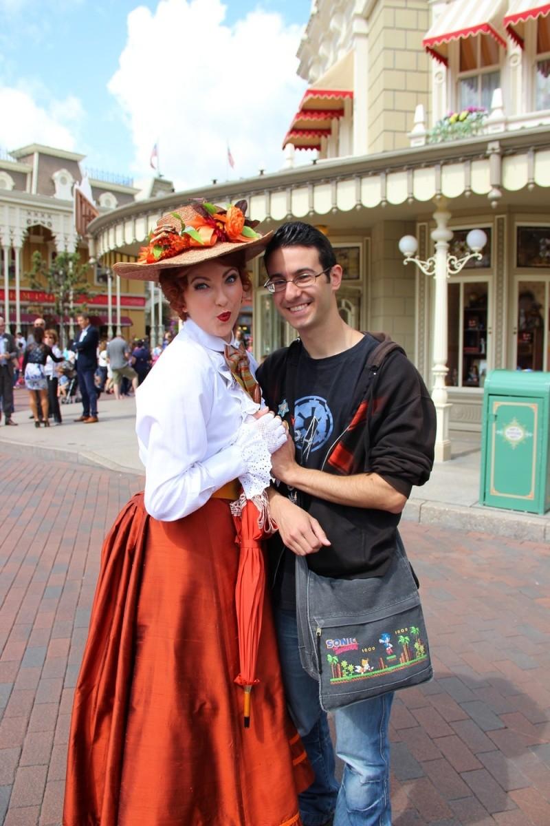 Vos photos avec les Personnages Disney - Page 2 Img_0020
