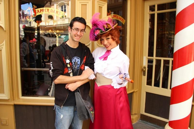 Vos photos avec les Personnages Disney - Page 2 Img_0024