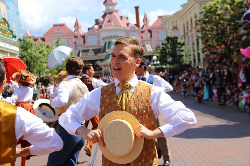 Vos photos avec les Personnages Disney - Page 2 Img_0115