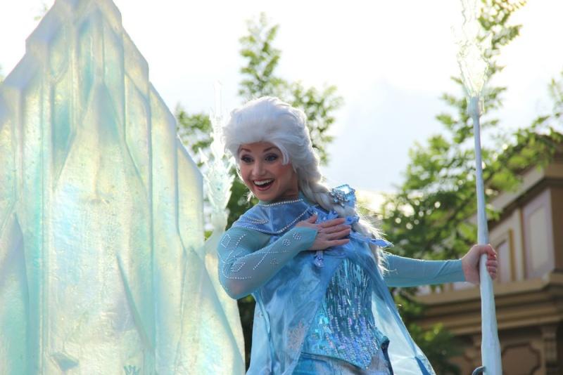 Vos photos avec les Personnages Disney - Page 4 Img_0718