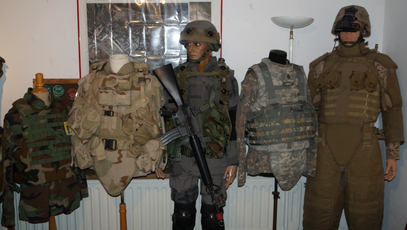 My personal collection - Militariabelgium (P-E) Dsc03313