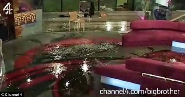UK BIG BROTHER - House evacuated due to flooding! Articl10