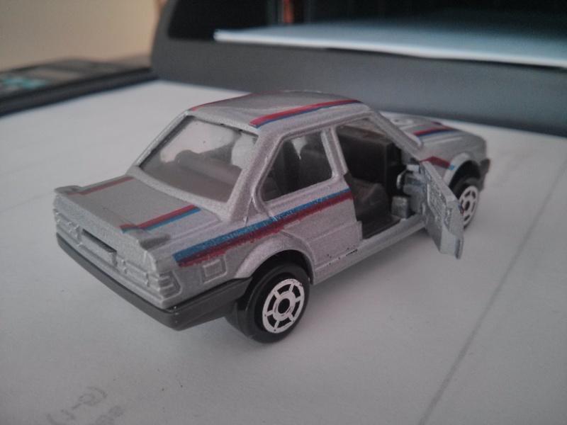 N°229A BMW 325 I Img_2124