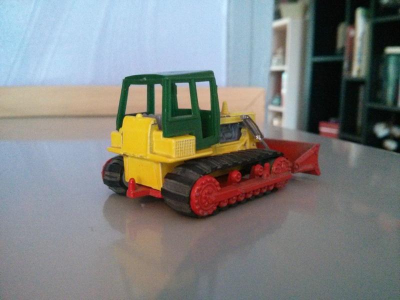 N°255 Bulldozer Hanomag Img_2372