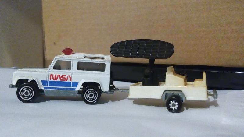 N°362 Land Rover + Radar Img_2440