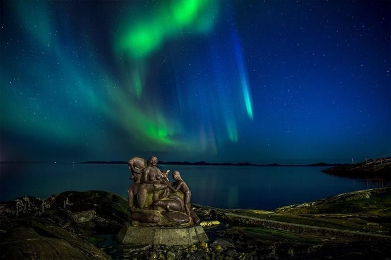 Couchers de soleil - Page 2 Nuuk_g10