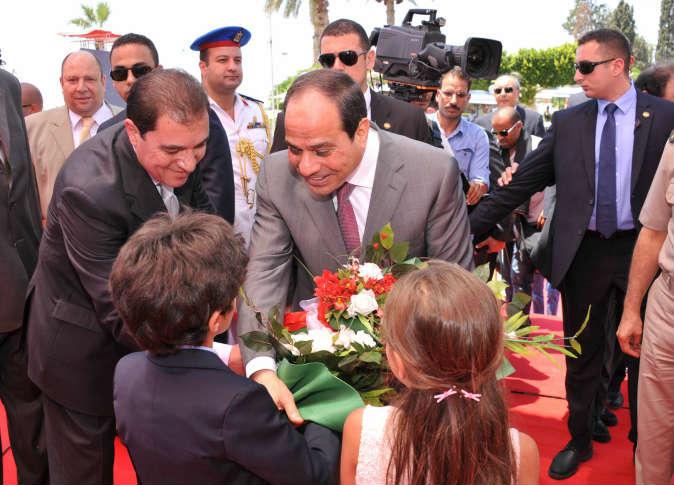 قناة السويس الجديدة قاطرة التنمية والاقتصاد  في مصر . 23937710