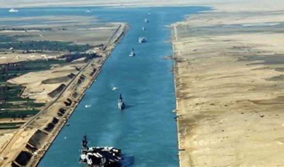 قناة السويس الجديدة قاطرة التنمية والاقتصاد  في مصر . 28110