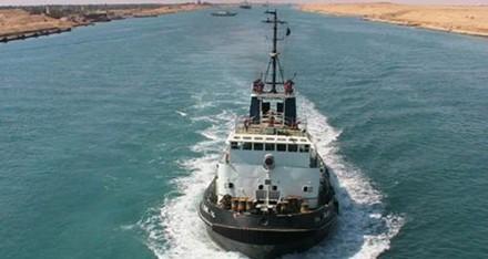 قناة السويس الجديدة قاطرة التنمية والاقتصاد  في مصر . 82013810