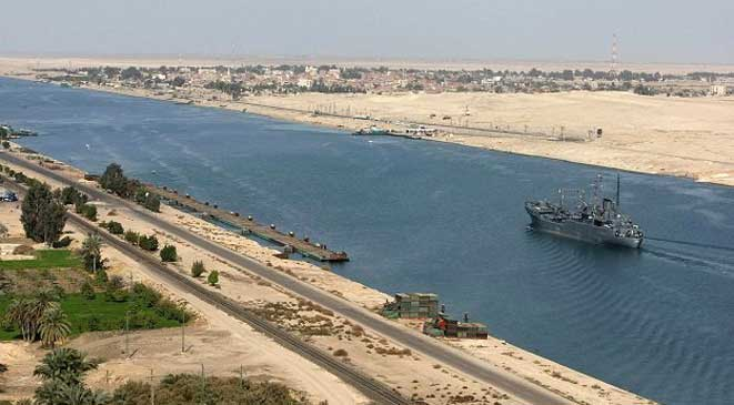 قناة السويس الجديدة قاطرة التنمية والاقتصاد  في مصر . _5408710