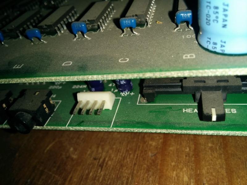 [help] Fabriquer un câble stéréo pour slot MV4 Img_2084