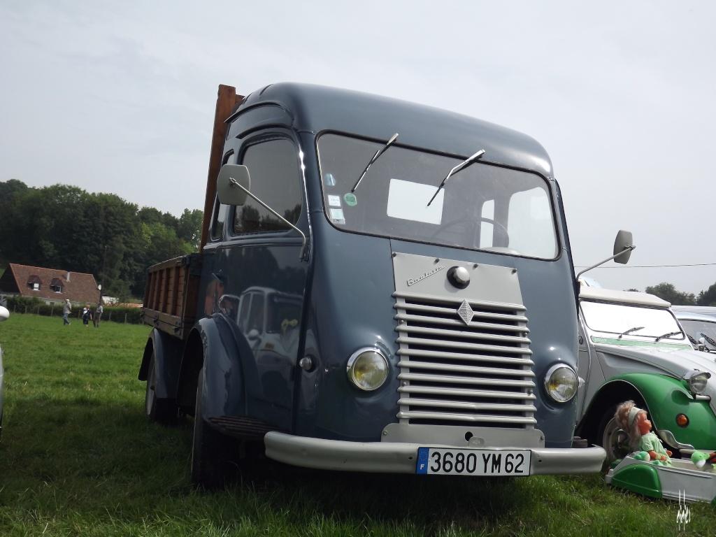 Photos 2ème rassemblement de voitures anciennes - Willeman Dscf1611