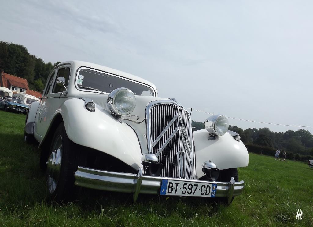 Photos 2ème rassemblement de voitures anciennes - Willeman Dscf1613