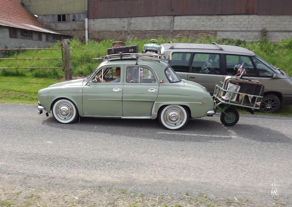 Photos 2ème rassemblement de voitures anciennes - Willeman Dscf1615