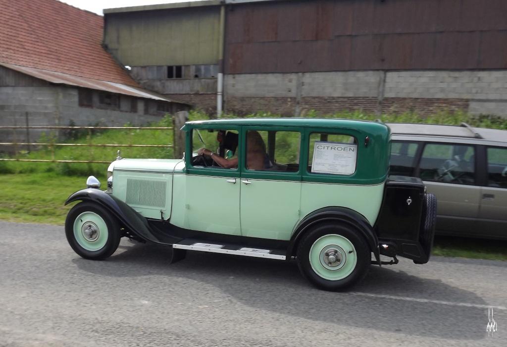 Photos 2ème rassemblement de voitures anciennes - Willeman - Page 2 Dscf1618